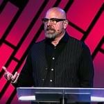 Gott heilt die Stimme eines Predigers während seiner eigenen Predigt